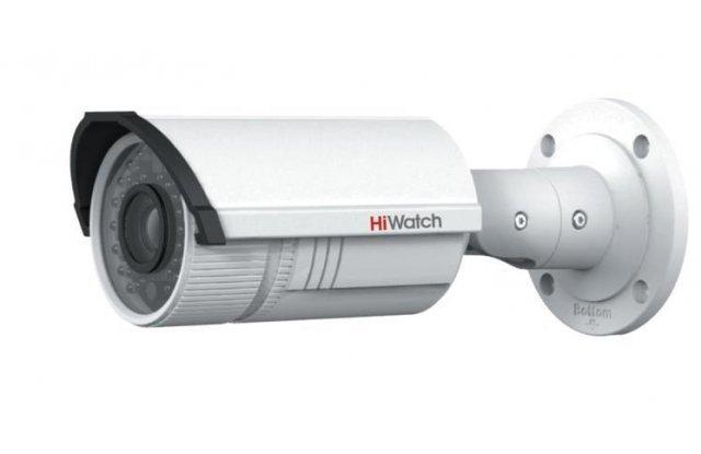 IP видеокамера HiWatch DS-I126