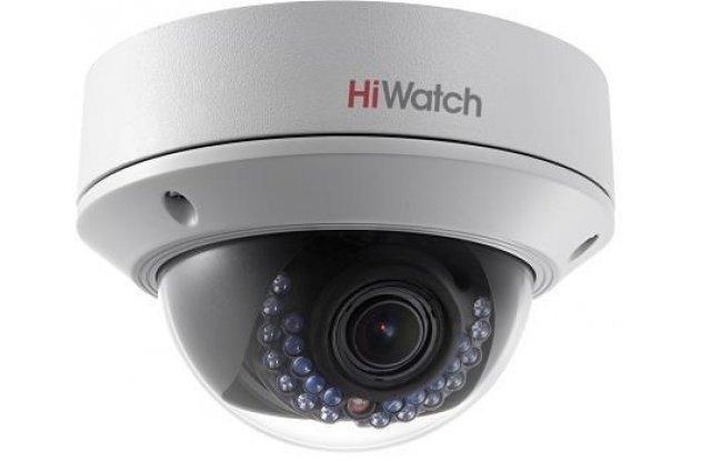 IP видеокамера HiWatch DS-I228