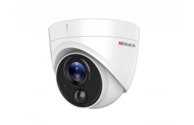 HD-TVI видеокамера HiWatch DS-T213 3.6mm